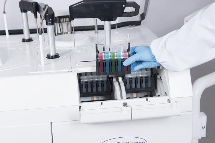 Máy sinh hóa tự động SAT 600